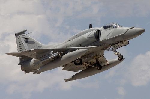 245 McDonnell Douglas A-4AR Fightinghawk  2