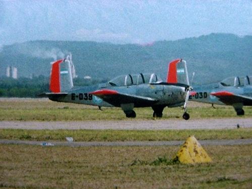 FMA-Beech-B-45-T-34-Mentor