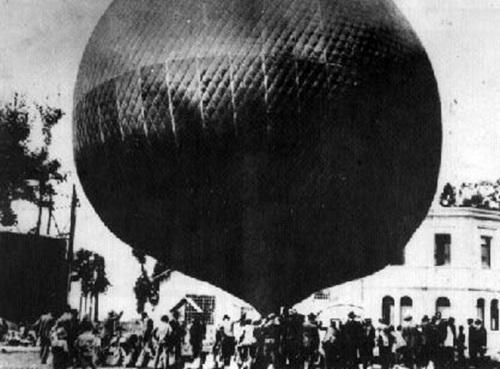 1 Zuloaga-globo