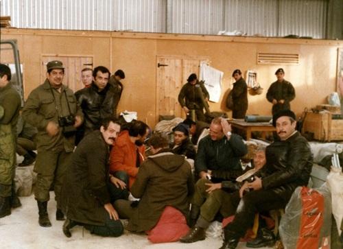 72 ROA GOE de derecha a izquierda,Cabo Primero Jorge Santucho,Cabo Primero Omar Godoy,Teniente Miguel Bruzo