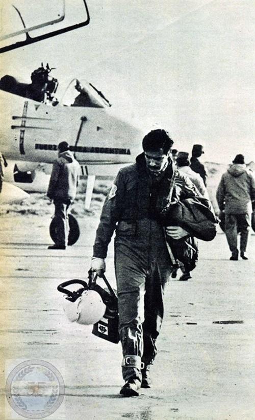 Un piloto, un destino 12